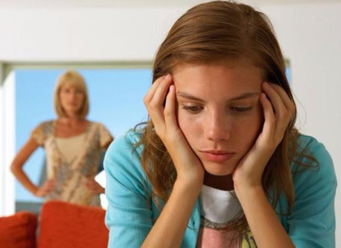 figli che non parlano con i genitori