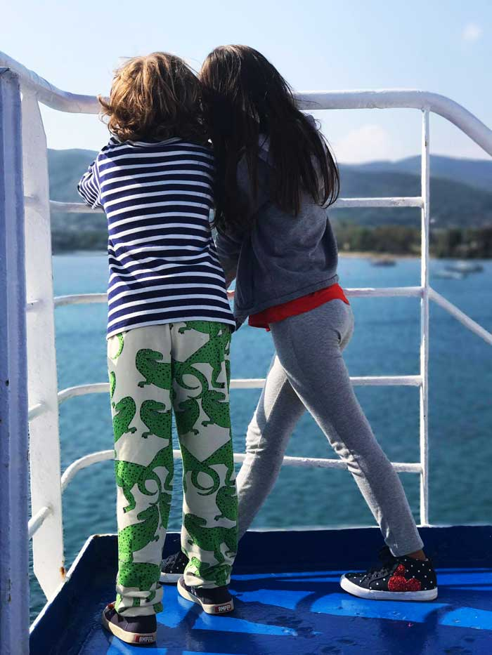 visitare-l'elba-con-i-bambini-moby-traghetti