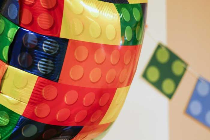 festa a tema mattoncini colorati