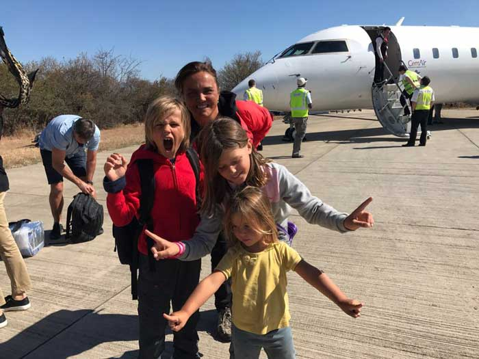 Safari con i bambini in aereo