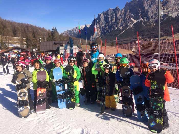snowboard per bambini a Cortina d'Ampezzo