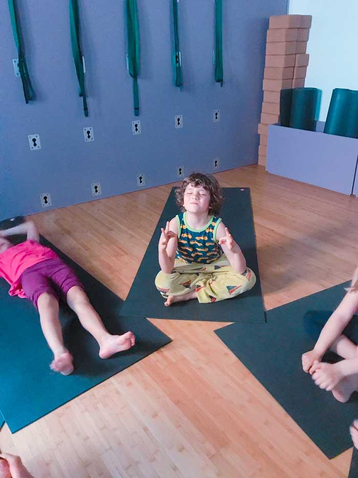 yoga a roma mamma e bambino