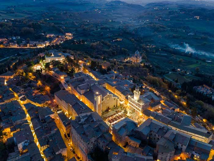 Villaggio di natale a montepulciano