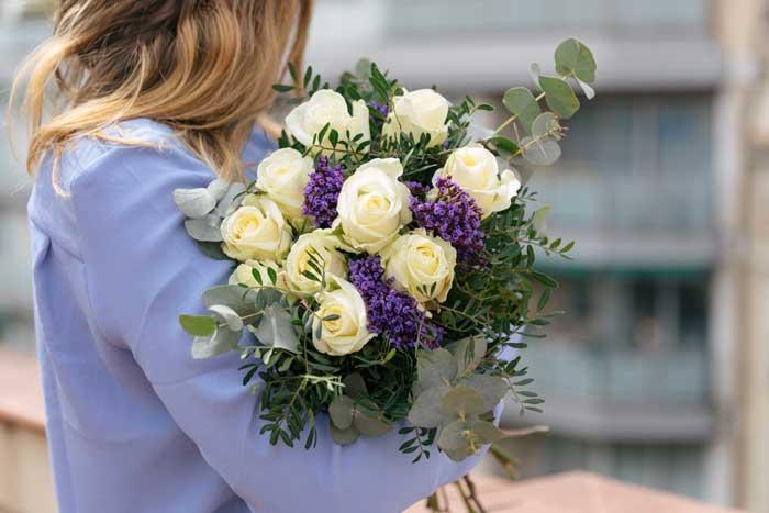 bouquet-fiori-online-White-Lies