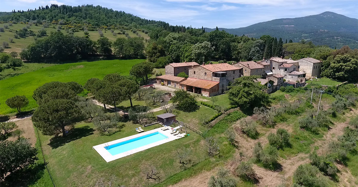 casali-family-friendly-toscana-piscina-ville